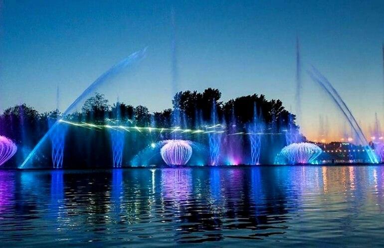Светомузыкальный фонтан ROSHEN Винница