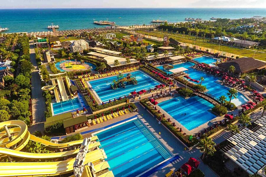Aska Lara Resort & Spa, Анталія